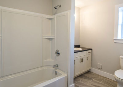 Boyne Court - Bathroom